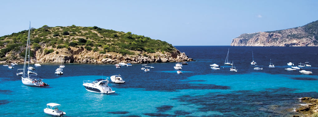 Mallorca bay boats